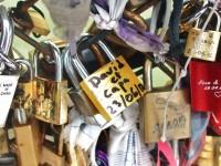 kinky Paris: padlocks of love