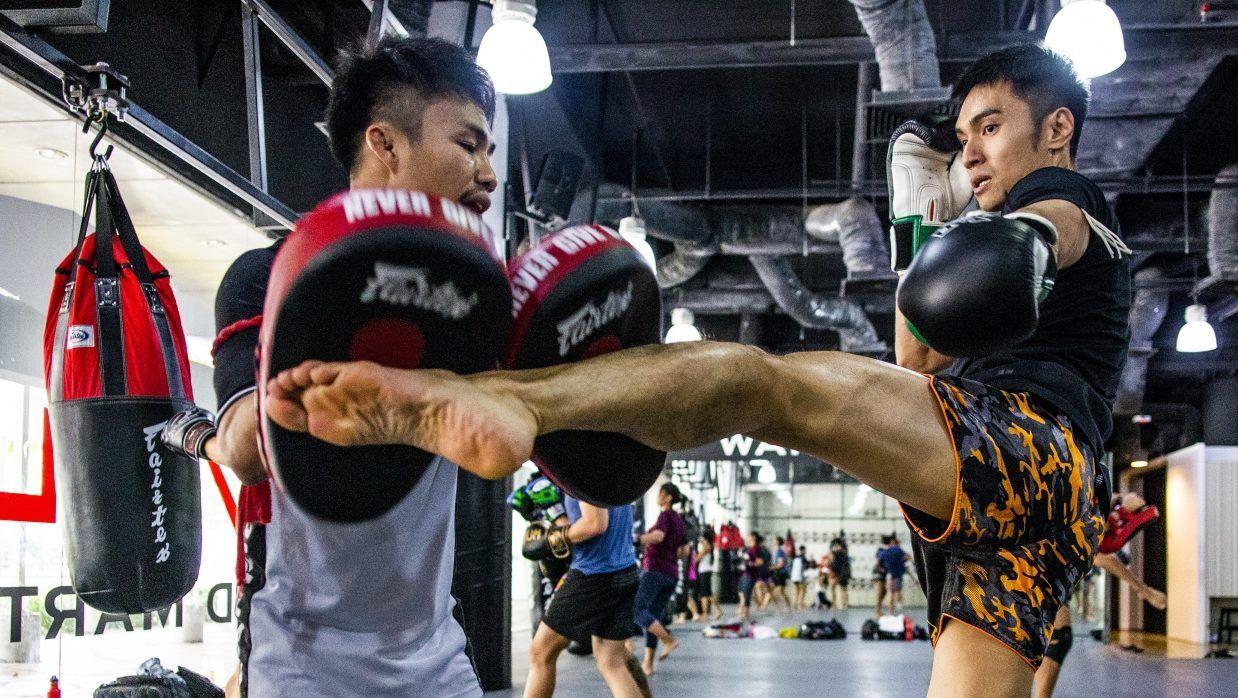 Roundhouse-Kick-Muay-Thai-e1549551165623